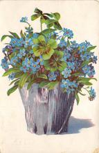 sub013665 - Flowers in a Basket  Postcard