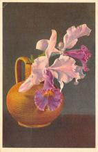 sub013687 - Flowers in a Vase  Postcard