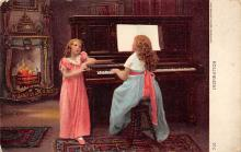 sub014777 - Childrent sitting at a Piano  Postcard