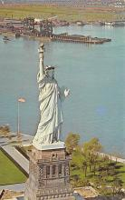sub015349 - Statue of Liberty NY, USA Postcard