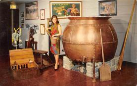 sub015573 - Falstaff Museum of Brewing St Louis, MO.  USA Postcard