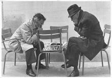 sub057699 - Chess Post Card