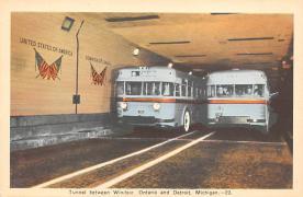 sub058323 - Bus Post Card