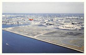 sub061355 - Airplane Post Card