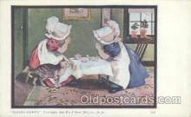 sun001037 - Sunbonnets Postcard Postcards