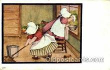 sun001057 - Sun Bonnet, Bonnets Postcard Post Card Old Vintage Antique