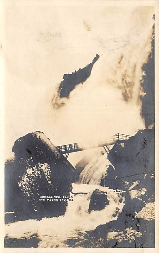 sub056345 - Niagara Falls Post Card