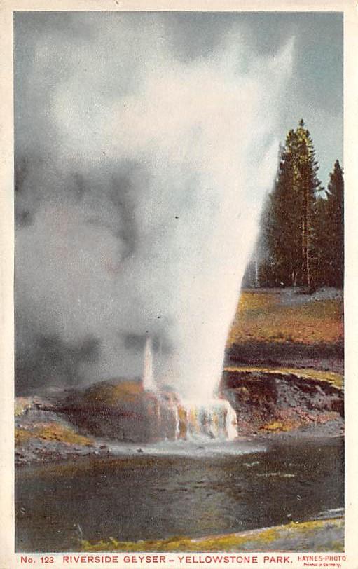 sub065389 - Yellowstone National Park Post Card