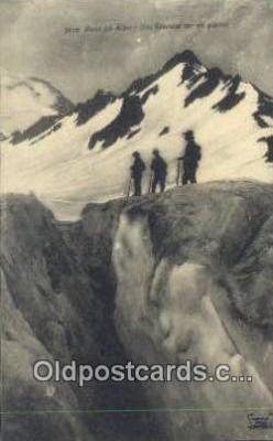 Dans Les Alpes Une Grevasse Sur Un Glacier