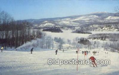 spo025476 - Gray Rocks Inn, St Jovite, Quebec, Canada Ski, Skiing Postcard Post Card Old Vintage Antique