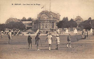 spoA008045 - Royan, Les Jeux sur la Plage Croquet Postcard