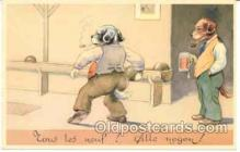 spo004025 - Dresses Dog, Amimal, Bowling Postcard Postcards