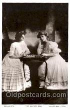 spo007051 - Chess Playing Postcard Postcards