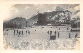 spo009A023 - Wehrli A.G. Kilchberg, Zurich Switzerland Curling Postcard