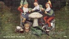 spo012311 - Little People of Ireland,  Gambling Postcard Postcards
