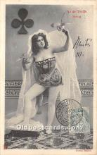 spo012658 - Old Vintage Gambling Postcard Post Card