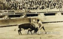 spo017229 - Armillita Matando Bull Fighing, Bullfighting Postcard Postcards