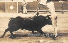 spo017269 - Old Vintage Bull Fighting Postcard Post Card