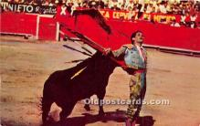 spo017273 - Old Vintage Bull Fighting Postcard Post Card