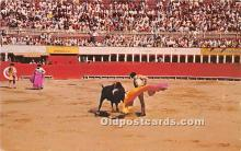 spo017401 - Old Vintage Bull Fighting Postcard Post Card