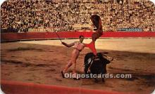 El Pase De Pecho, The chest pass executed by matador Julio Aparicio