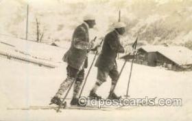 spo025113 - Snow Skiing Postcard Postcards