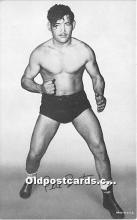 spo026110 - Old Vintage Wrestling Postcard Post Card