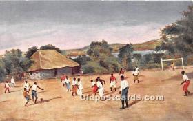spo030151 - Old Vintage Soccer Postcard Post Card