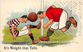 spo030154 - Old Vintage Soccer Postcard Post Card