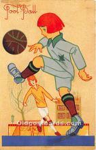 spo030155 - Old Vintage Soccer Postcard Post Card