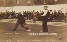 spo032193 - Old Vintage Lawn Bowling Postcard Post Card