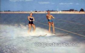 spo045109 - Metropolitan Beach, Michigan, USA Water Skiing Postcard Postcards