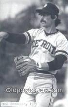 spo070084 - Tom Brookens Baseball Postcard Detroit Tigers Base Ball Postcard Post Card