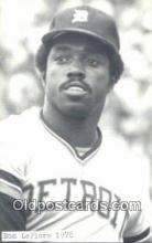spo070419 - Ron LeFlore Base Ball Non Postcard Detroit Tigers Baseball Postcard Post Card