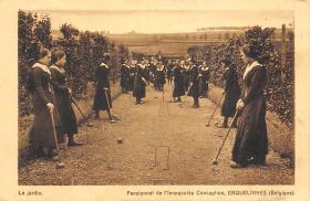 spoA008033 - Pensionnat de L'lmmaculee Conception, Croquet Postcard