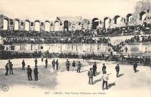 spof017103 - Arles - Une Course d'Amateur aux Arenes Bullfighting Postcard