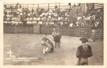 spof017171 - Heriberto Entering a Matar, Bullfighting Postcard