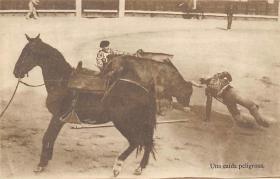 spof017214 - Una Caida Peligrosa, Bullfighting Postcard