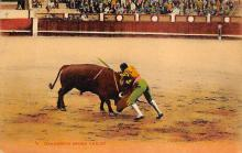spof017352 - Dangerous Sword Thrust Tarjeta Postal Bullfighting