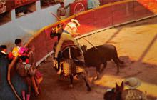 spof017427 - Bullfight, the Picing of the Bull from horseback Tarjeta Postal Bullfighting