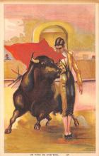 spof017435 - Un Pase de Costado Tarjeta Postal Bullfighting
