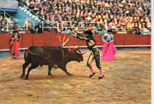 spof017488 - Una Corrida, A Pair of Darts Tarjeta Postal Bullfighting