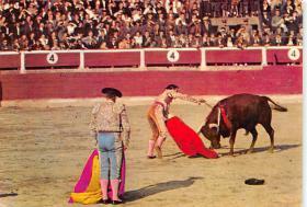 spof017491 - Estocada de Feo Estilo, Rapier Thrust Tarjeta Postal Bullfighting