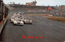 spof020836 - Green Flag, Daytona International Speeway Automobile Racing, Race Car Postcard