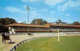 spof021679 - Saratoga Springs, NY, USA Saratoga Raceway, Trotters Horse Racing Postcard