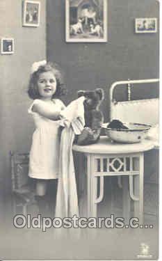 ted002219 - Teddy Bear Bears Postcard Postcards