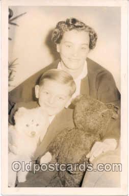 ted003075 - Teddy Bear Bears Postcard Postcards