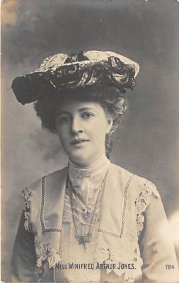 the210010 - Theater Actor / Actress Old Vintage Antique Postcard Post Card, Postales, Postkaarten, Kartpostal, Cartes, Postkarte, Ansichtskarte
