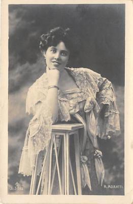 the213033 - Theater Actor / Actress Old Vintage Antique Postcard Post Card, Postales, Postkaarten, Kartpostal, Cartes, Postkarte, Ansichtskarte