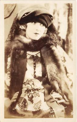 the223090 - Theater Actor / Actress Old Vintage Antique Postcard Post Card, Postales, Postkaarten, Kartpostal, Cartes, Postkarte, Ansichtskarte